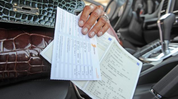 auto, documento unico di circolazione, Sicilia, Economia