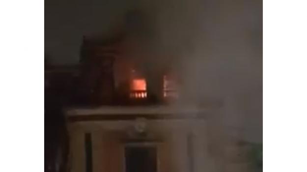 incendio, Mascalucia, Catania, Cronaca