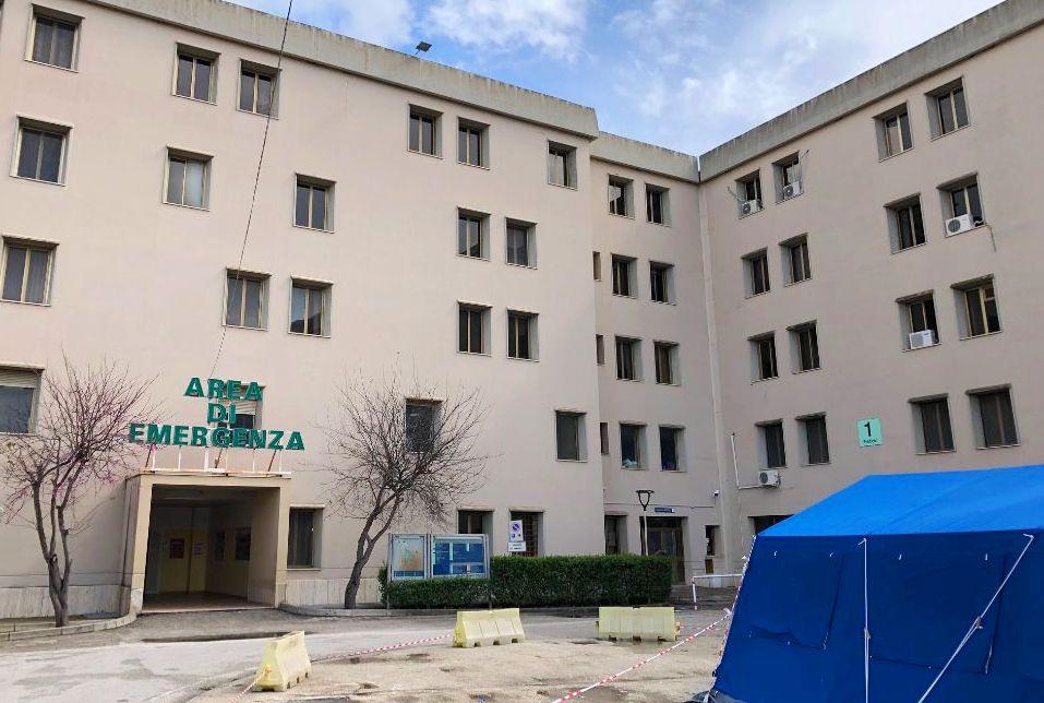 Coronavirus Sospiro Di Sollievo All Ospedale Di Sciacca Negativi 66 Tamponi Stop Contagi Giornale Di Sicilia
