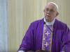 """Coronavirus, la commovente messa del Papa: """"Oggi sia per tutti la domenica del pianto"""""""