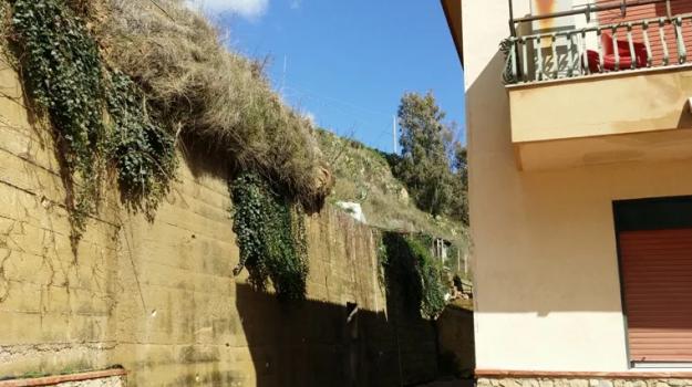 sgomberi, Caltanissetta, Cronaca