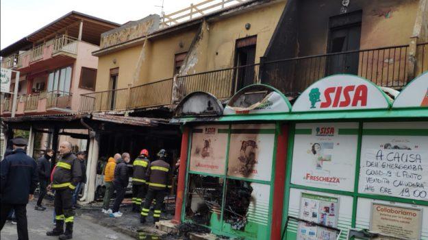 Balestrate, incendi, Palermo, Cronaca