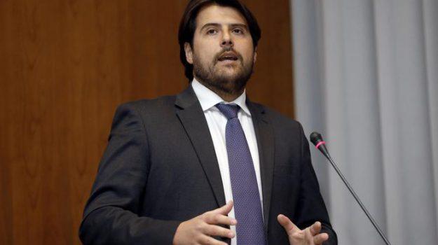 coronavirus, Christian Solinas, Nello Musumeci, Stefano Buffagni, Sicilia, Politica