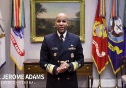 Come farsi una mascherina in 45 secondi: il tutorial del viceammiraglio Usa La mascherina «lo-tech» del Surgeon General, il portavoce del governo federale in materia di sanità - Dalla Rete