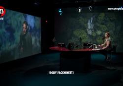 Facchinetti e l'inno per Bergamo, 12 milioni di clic per «Rinascerò, rinascerai» La canzone scritta dall'ex Poo con Stefano D'Orazio  - Corriere Tv