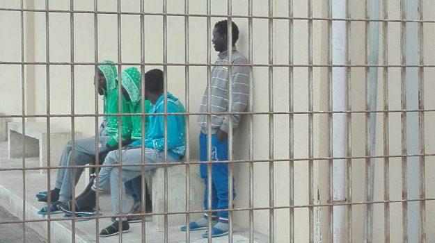migranti, pozzallo, Roberto Ammatuna, Ragusa, Cronaca