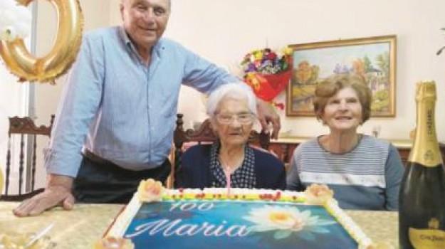 anziani, Agrigento, Società