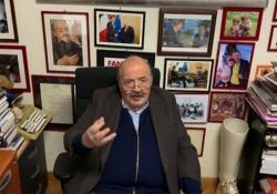 Maurizio Costanzo: «Per me e Maria è tutto uguale, ma mi dispiace non vedere i miei figli» Il conduttore racconta la sua quarantena  - CorriereTV