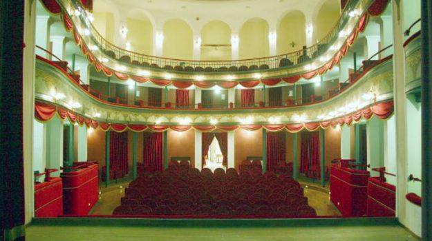 licata, teatri, Agrigento, Economia