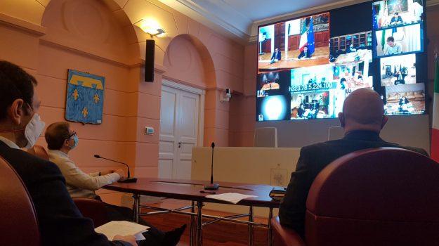 coronavirus, Gaetano Armao, Giuseppe Conte, Nello Musumeci, Ruggero Razza, Sicilia, Politica