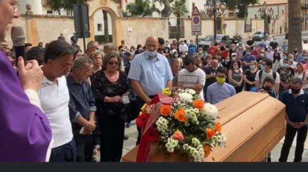 Peschereccio di Terrasini, a Cinisi l'ultimo saluto a Giuseppe Lo Iacono