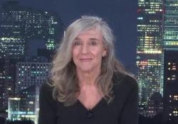 Il videomessaggio di Giovanna Botteri a Michelle Hunziker: «Non dobbiamo fare la pace perché non abbiamo litigato» La giornalista, corrispondente Rai in Cina, ha risposto alla conduttrice di Striscia La Notizia che, travolta dalle accuse di body-shaming, le aveva rivolto un appello - Corriere Tv