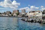 Catania, accusa un malore durante il bagno: muore 63enne