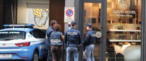 Gioielleria sequestrata ai Fontana un anno fa a Milano