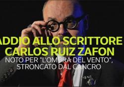 Addio allo scrittore spagnolo Carlos Ruiz Zafón: è celebre per il romanzo «L'ombra del vento» E' scomparso a 55 anni per un cancro - Ansa