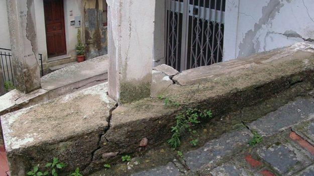 Casalvecchio Siculo, dissesto, Messina, Cronaca