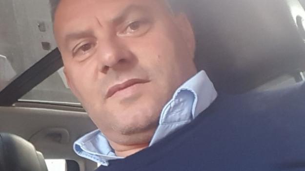 Incidente a Santa Maria di Licodia, scontro auto-moto: muore 51enne di Paternò