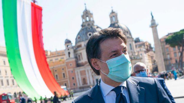 2 giugno, coronavirus, Festa della repubblica, Giuseppe Conte, Sicilia, Politica