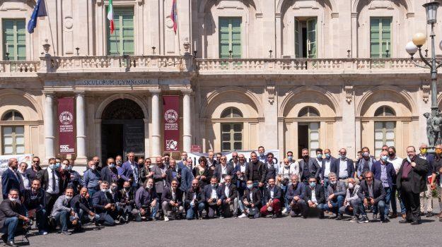 matrimoni, Catania, Economia