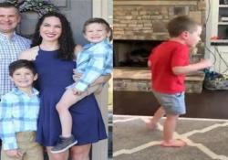 I primi passi del bimbo a cui i medici avevano detto che non avrebbe più camminato Il breve video del piccolo Camden Brooks Hanson, cinque anni, ha totalizzato milioni di visualizzazioni - CorriereTV
