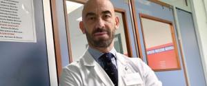 L'infettivologo Matteo Bassetti