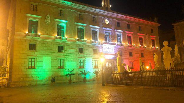 Festa della Repubblica a Palermo: Palazzo delle Aquile e Prefettura si illuminano con il tricolore