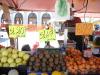 Frutta e verdura nel mercato di Porta Palazzo a Torino