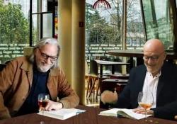 """Bisio-Alberti manager """"imbruttiti"""", e il reading sulla felicità nato in lockdown  - Corriere Tv"""