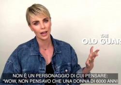 Charlize Theron: «La mia guerriera millenaria, stanca di lottare» L'attrice anche produttrice di «The Old Guard», diretto da Gina Prince-Bythewood  - Corriere Tv