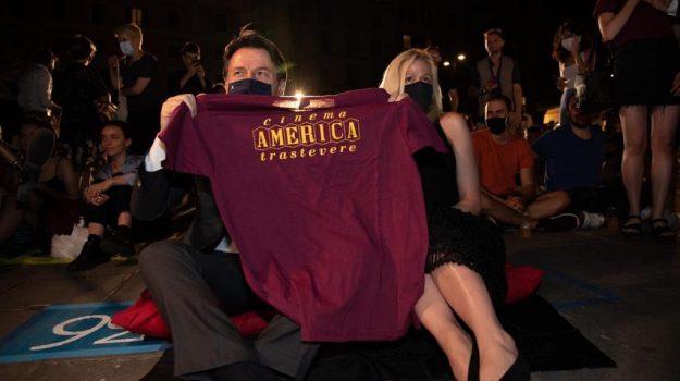 Il premier Conte all'evento con la fidanzata: ecco chi è Olivia Paladino