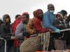 Migranti, sbarchi senza sosta a Lampedusa: hotspot al collasso