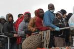 Augusta, migranti positivi al Covid: tamponi per i poliziotti che hanno eseguito i controlli