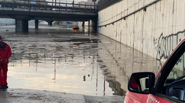 alluvione, Palermo, Politica