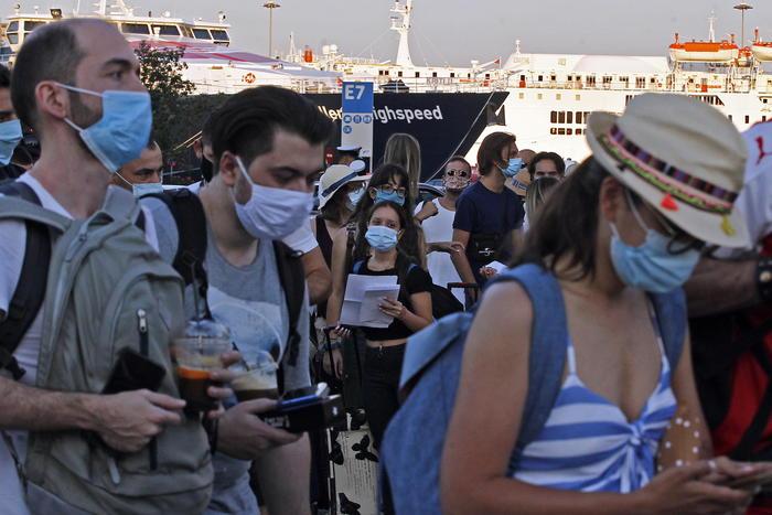 Coronavirus Grecia Preoccupano Focolai In Ospedali Giornale Di Sicilia