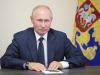 """Coronavirus, Putin ai russi: """"Immunità di gregge in autunno ma vaccinatevi, vi prego"""""""