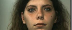 Da Castelvetrano a Rosolini per sfuggire ai domiciliari: arrestata