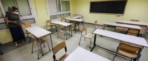 """Il Cts: """"Scuole chiuse e dad anche alle elementari in Sicilia"""". Ma la Regione frena"""