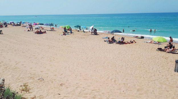 mareamico, spiagge, Sicilia, Società