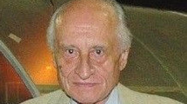 Stefano Pernigotti, Sicilia, Cronaca
