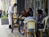 Inail: giugno-agosto, salgono contagi dei lavoratori della ristorazione