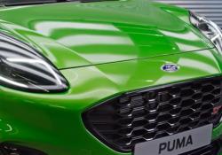 Ford Puma ST, il crossover sportivo Il crossover dell'Ovale Blu si concede il lusso di un'edizione particolarmente prestazionale. Meccanica derivata dalla Fiesta ST e 0-100 km/h sotto i 7 secondi - Corriere Tv