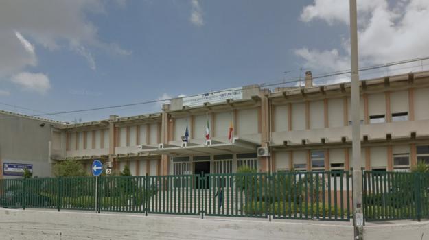 scuola, Ragusa, Cronaca