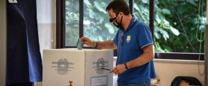 Regionali, finisce in parità: nel centrodestra traballa la leadership di Salvini