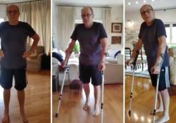 Verdone e l'operazione alle anche: «Da 7 anni soffrivo, oggi cammino» A dieci giorni dall'intervento, l'attore e regista si fa riprendere su Facebook di nuovo in piedi - Corriere Tv