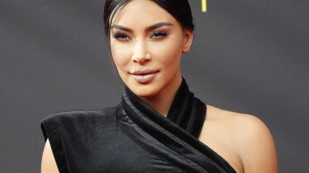 Kim Kardashian Torna Su Instagram Senza La Fede Al Dito Giornale Di Sicilia
