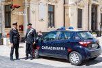 Picchia la ex compagna e le fa cadere due denti: un 28enne arrestato a Palazzolo Acreide
