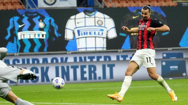 Ibrahimovic rinnova il contratto con il Milan fino al 2022