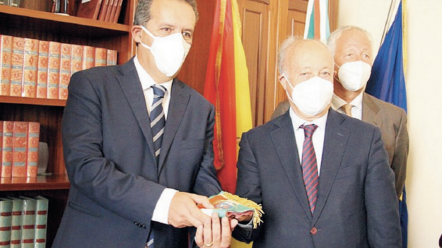 Massimo Grillo, Trapani, Politica