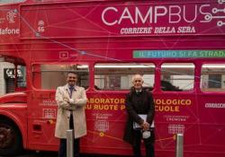 A lezione col direttore del Corriere: gli studenti del Parini incontrano Luciano Fontana L'incontro del direttore del Corriere con una delle scuole milanesi che partecipa al progetto CampBus - AGTW