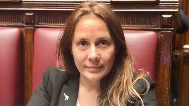disabilità, Alessandra Locatelli, Enna, Cronaca